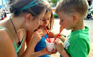 kids-at-fair